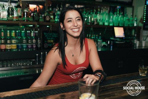 socialhouseorlando.com / city2nite.com
